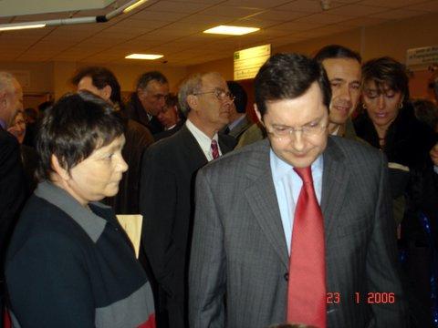 Josiane Graille, vice-présidente avec Mr Philippe BAS pour la signature de la charte d'accessbilités des hopitaux